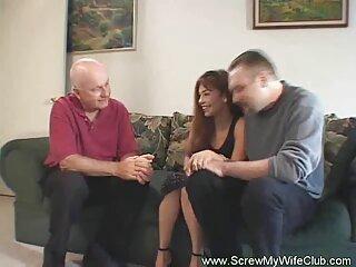Una porno historias español hermosa follada en el bosque es organizada por una chica rubia que ama a los animales. Ella detiene al cazador y ofrece su cuerpo en lugar de un ciervo