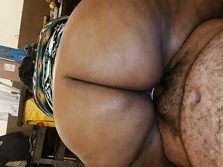 Polla grande le rompe el porn sub español culo a una chica