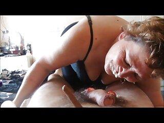 A la rubia hentai en español gratis le gustó este brutal masajista que le masajeó el coño caliente