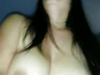 Una joven españolas folando morena después de una ducha folla con su amante