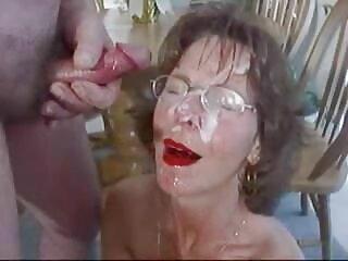 La secretaria trajo los papeles a videos en españolxxx la casa del jefe.